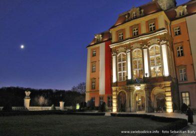 Nowa wystawa czasowa w Książu – bal sprzed 120 lat