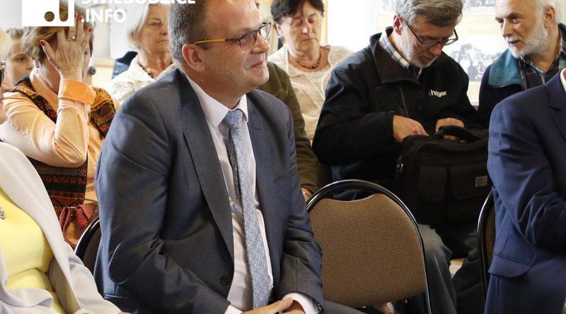 Gmina Świebodzice bez budżetu, czy burmistrz się opamięta?