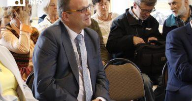 Burmistrz Ozga niszczy organizacje pozarządowe w Świebodzicach