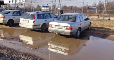 Te miejsca parkingowe są potrzebne!